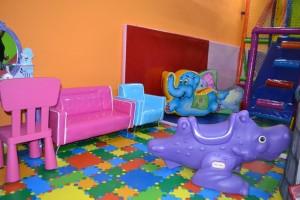 Detalle de zona de juegos infantil   www.migranfiesta.es